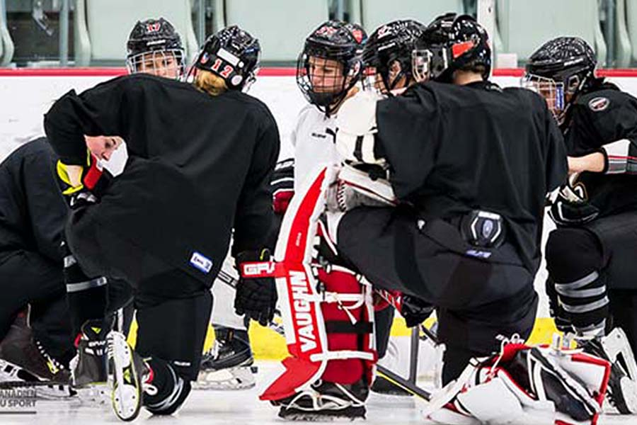 Canadian Women Eyeing Hockey Gold